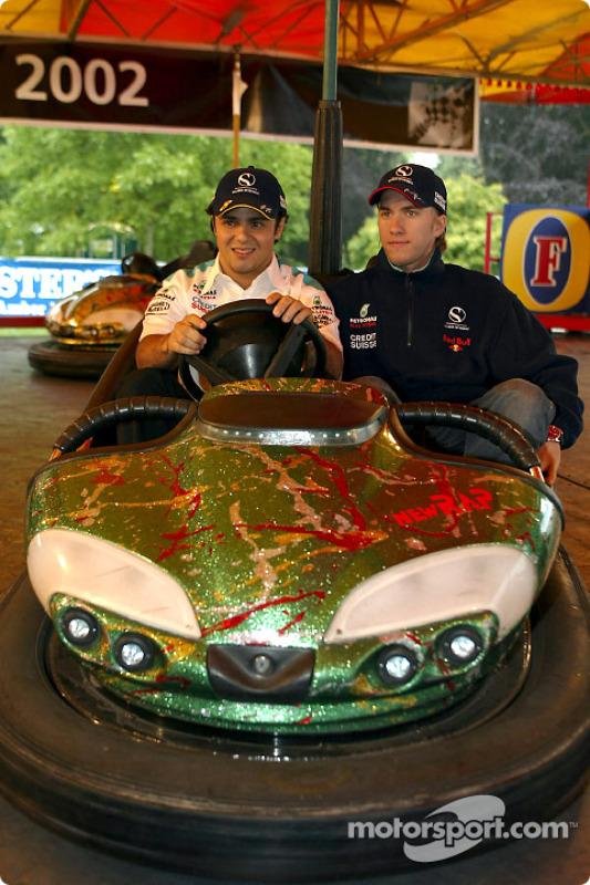 Felipe Massa and Nick Heidfeld in bumber cars