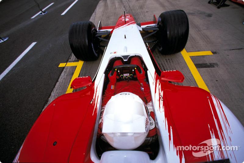 Simulación de parada de pits con el Equipo Toyota y Allan McNish
