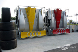 Audi R8 engine covers