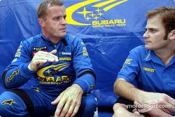 Tommi Makinen con el ingeniero Phil Keed