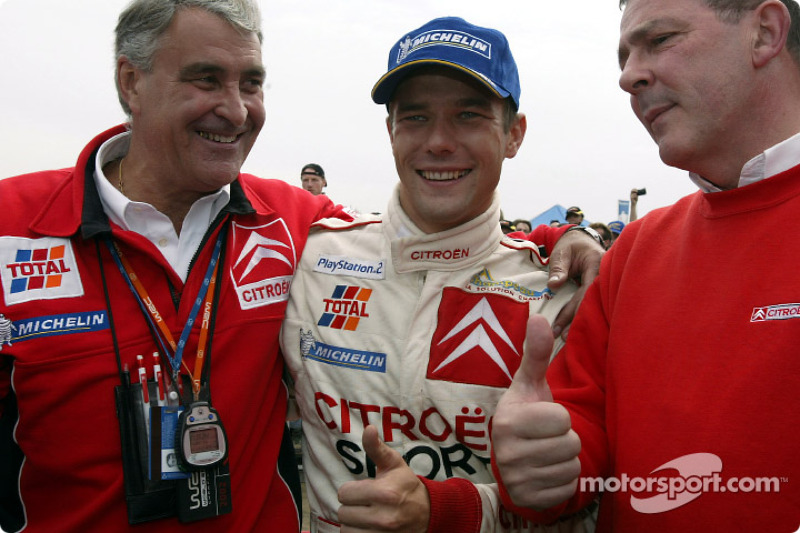 El ganador del rally, Sébastien Loeb con Guy Fréquelin