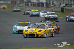 Mazda RX-7, Toyota MR-S(L), Porsche 911GT3R(R)