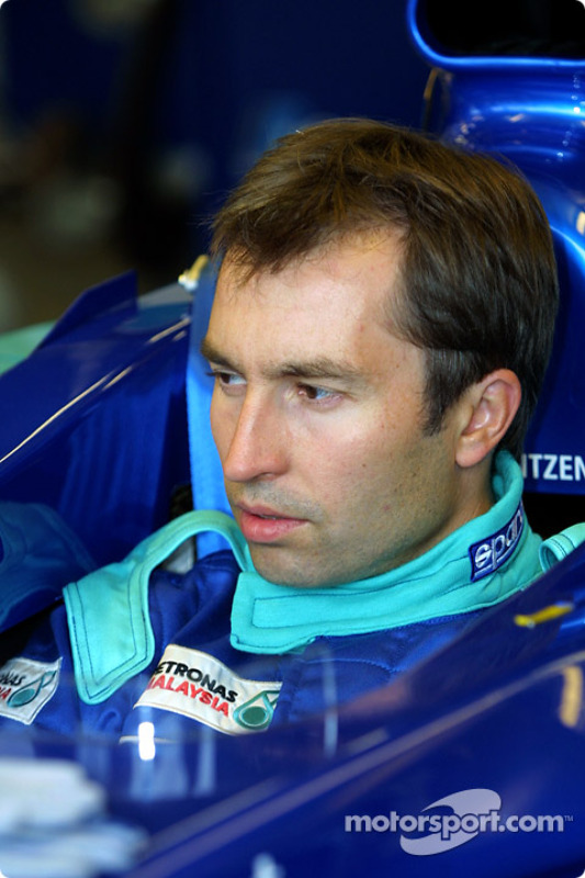 Heinz-Harald Frentzen trying out the seating position in the Sauber
