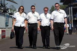 Williams-BMW crew members
