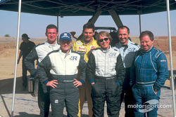 Volkswagen Tarek test drive, November 2002: Jutta Kleinschmidt, Fabrizia Pons, Dieter Depping, Stéphane Henrard and Bobby Willis