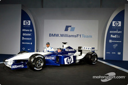 Juan Pablo Montoya and Ralf Schumacher with the new BMW Williams F1 FW25