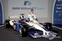 Ralf Schumacher and Juan Pablo Montoya with the new BMW Williams F1 FW25