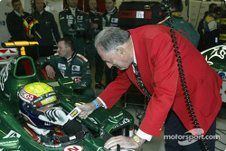 Sir Jack Brabham wishes Mark Webber well