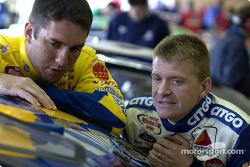 Elliott Sadler chats with Jeff Burton