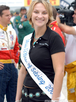 The charming Miss 12 Hours of Sebring 2003
