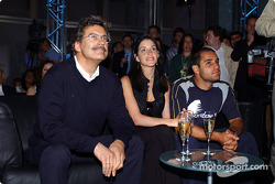 BMW WilliamsF1 Fashion Show in Barcelona: Dr Mario Theissen with Connie and Juan Pablo Montoya