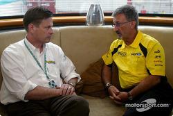Eddie Jordan with Ford's Martin Leach