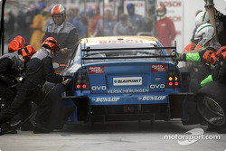 Boxenstopp-Training: Joachim Winkelhock, OPC Euroteam, Opel Astra V8 Coupé 2002