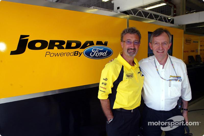 Eddie Jordan con Ian Slater de Ford