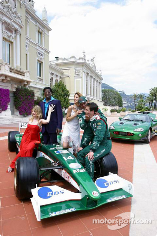 Jaguar photoshoot: Mark Webber and Antonio Pizzonia with Wesley Snipes, Meredith Ostrum and Julienne Davis
