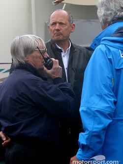Bernie Ecclestone, Ron Dennis y Flavio Briatore