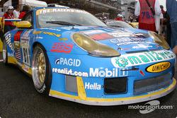 #81 The Racers Group Porsche 911 GT3