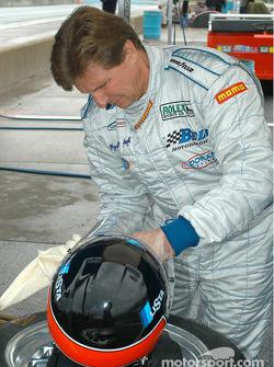 Didier Theys adjusts his helmet