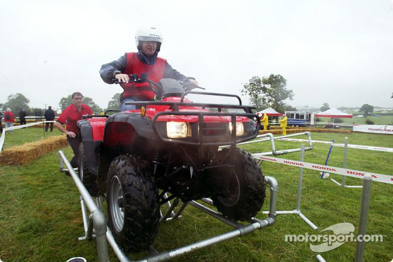 Cortacésped Honda y ATV challenge
