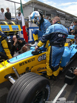 Jarno Trulli on the starting grid