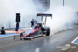 Paul Romine heats up his tires