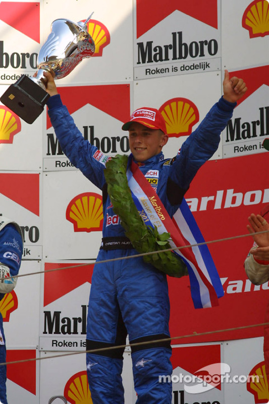 Le podium: Le vainqueur Christian Klien