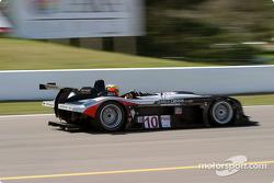 la Panoz LMP01 n°10 de l'équipe JML pilotée par Olivier Beretta, David Saelens
