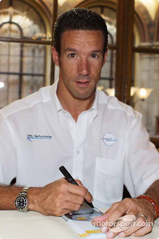 Autograph session in Palais Ferstel, Vienna: Manuel Reuter