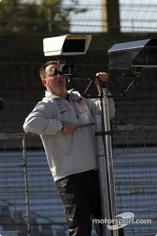 Instalación de Pitlane en McLaren
