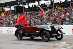 Drivers parade: Rubens Barrichello and Michael Schumacher