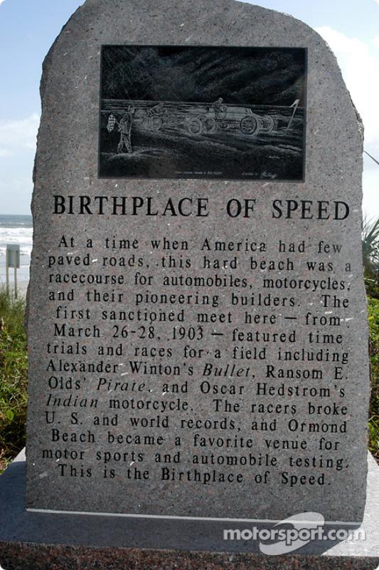 Le monument du berceau de la vitesse