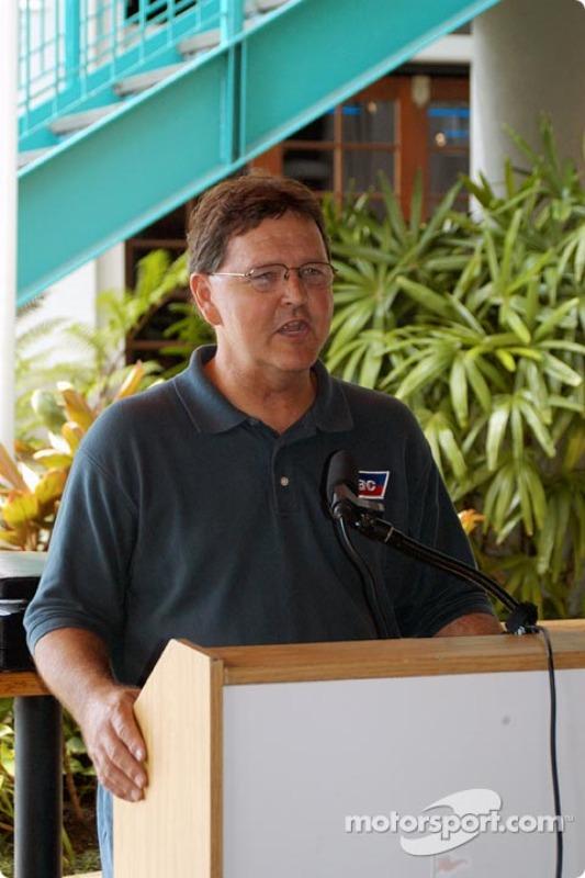 Hal Burns, directeur de course USAC