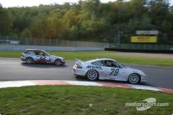 #79 Foxhill Racing Porsche GT3 Cup: Michael Cawley, Andrew Davis, et #36 Villaconn International BMW Z3: Matt Connolly, Jason Potter