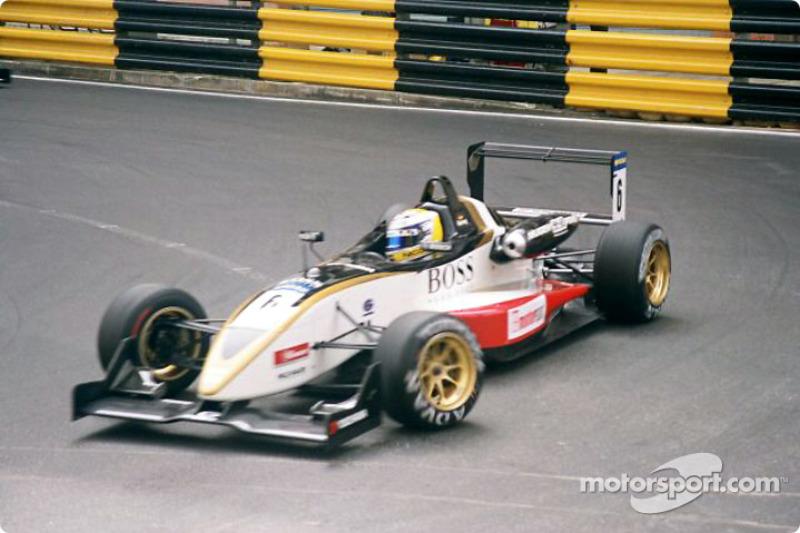 2003年11月:澳门F3经典赛首秀