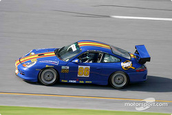 La Porsche GT3 Cup n°86 du G&W Motorsports (Mae Van Wijk, Armando Trentini, Andres Van Der Dys)