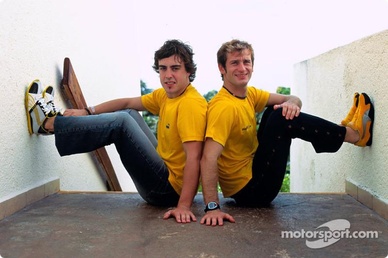 2004 - Renault - Fernando Alonso 59 X 46 Jarno Trulli