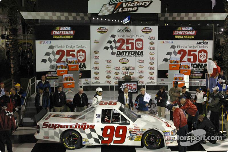 Daytona 2004: Ritterschlag von Jack Roush