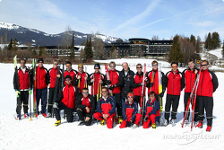 The Audi team during the fitness week in front of the Sonnenalp hotel