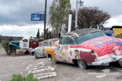 Even the cars don't lack color in Mexico