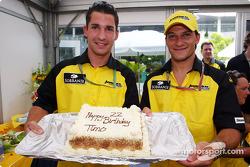 Timo Glock kutlama yapıyor 22nd anniversary ve Giorgio Pantano