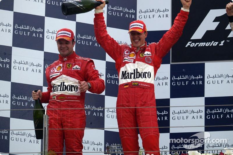 Подіум: переможець Міхаель Шумахер і Рубенс Баррікелло