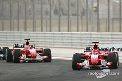 Start: Michael Schumacher leads Rubens Barrichello