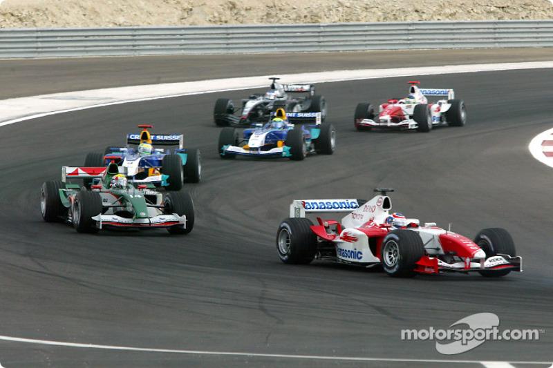 Olivier Panis, Toyota TF104B