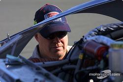 Roush Racing #16 crew member