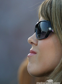 Shana Mayfield watches husband qualify