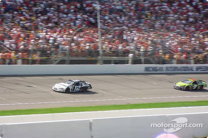 El ganador de la carrera, Ryan Newman