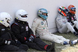 Grid2-Drivers wait to start