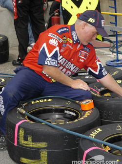 Tire man adjusting pressures