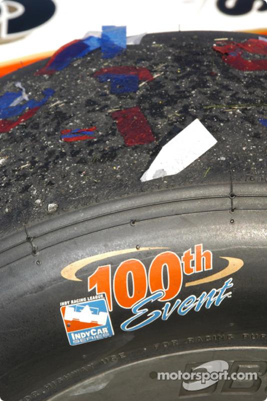 La n°26 de Dan Wheldon d'Andretti Green Racing gagne la 100e