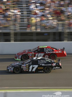 Matt Kenseth passes Jeremy Mayfield